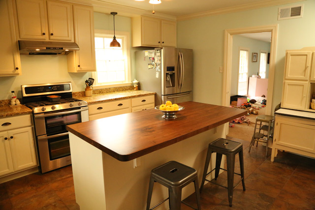 Completed Island in Efficient Kitchen-After